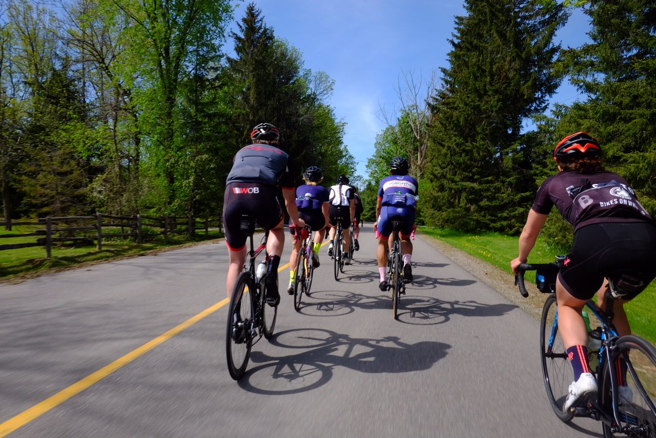 How to fit in with the crowd on your next group ride