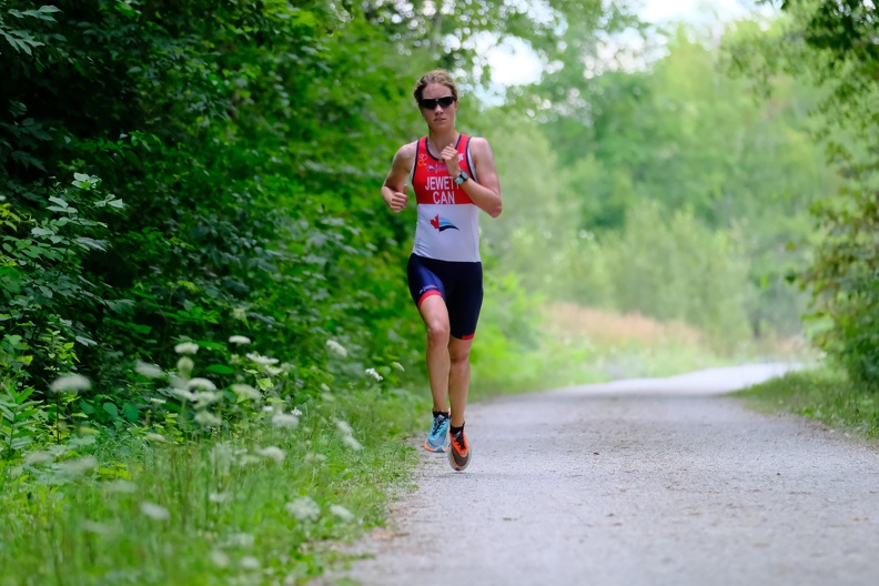 """Jewett holds off Laundry and Beals to take C3 """"Chase"""" Triathlon"""